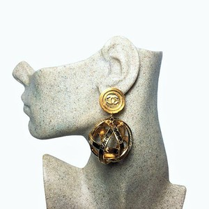 Chanel Chanel 31 Rue Cambon Dangle Drop Evening Globe Sphere Orb Earrings