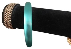 Alexis Bittar Skinny tapered lucite bangle