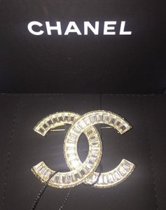 Chanel Gold New Classic Large Baguette Crystal Cc Classic Out Brooch/Pin