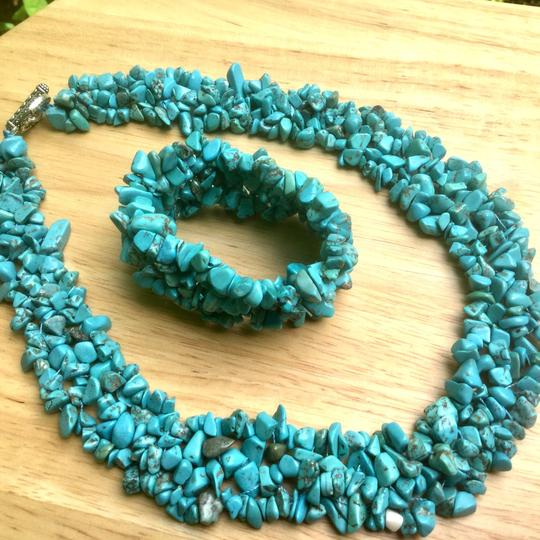 Other New Green Turquoise Gemstone Beaded Necklace Image 1