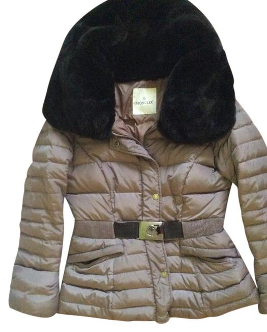 Preload https://img-static.tradesy.com/item/21320354/moncler-light-pewter-down-jacket-with-big-fur-collar-coat-size-8-m-0-1-650-650.jpg