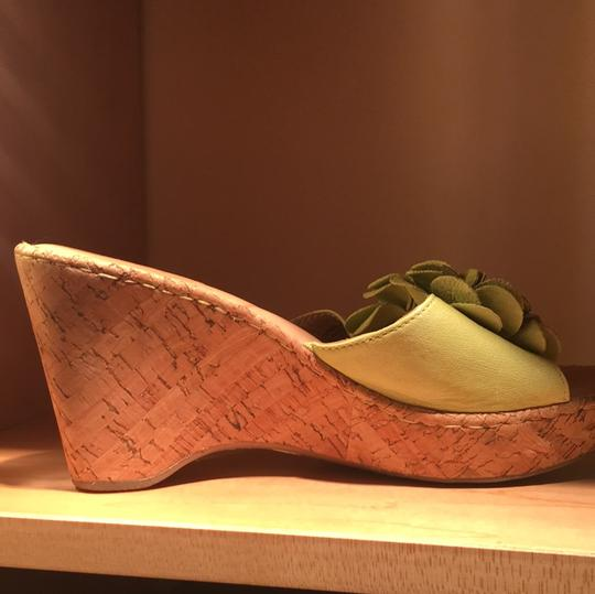 Brn lime green/natural Wedges Image 1