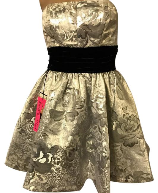 Preload https://img-static.tradesy.com/item/21320786/betsey-johnson-silver-black-mid-length-cocktail-dress-size-4-s-0-4-650-650.jpg