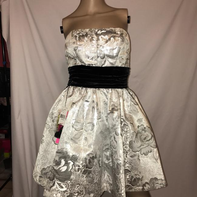 Betsey Johnson Dress Image 3