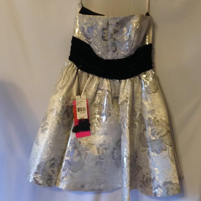 Betsey Johnson Dress Image 6
