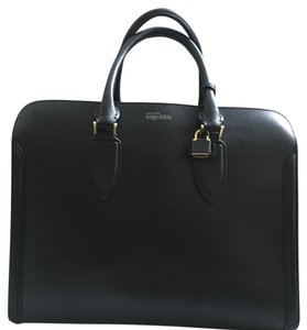 Alexander McQueen Toat Leather Leather Tote in Black