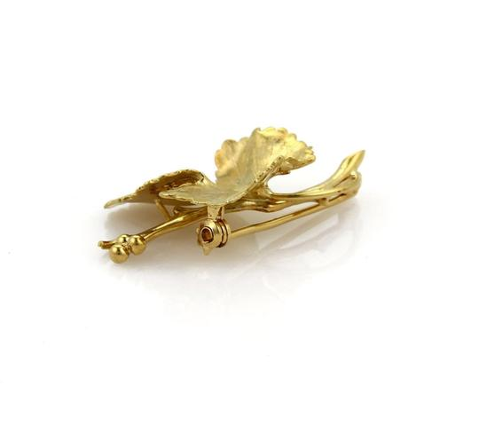 Tiffany & Co. Vintage Maple Leaf Brooch in 18k Yellow Gold Image 1