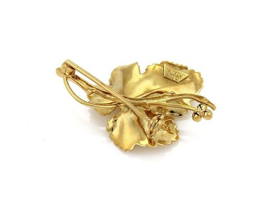 Tiffany & Co. Vintage Maple Leaf Brooch in 18k Yellow Gold Image 2