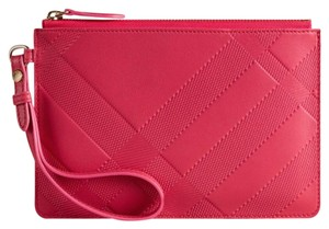 Burberry Wristlet in pink