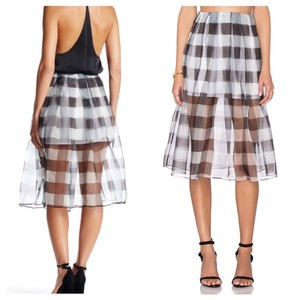 Kendall + Kylie Skirt White, Black