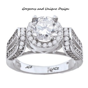Gorgeous Engagement Solitaire Ring *sz 7* Solid .925 Sterling Silver *