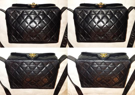 Chanel Vintage Jumbo Camera Flap Cc Logo Medium Cross Body Bag Image 6