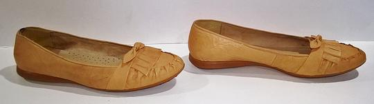 Other Comfortable Neutral Tan Beige Flats Image 2