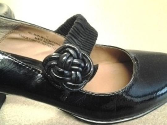 Merona Black Patent Pumps