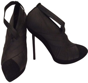 Saint Laurent Heels Suede Elastic Gray, Black Boots