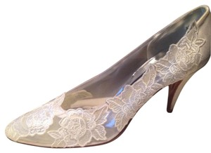 Stuart Weitzman Ivory-white Satin Never Worn In Box Martinque Formal Size US 8 Narrow (Aa, N)