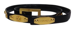 Chanel Vintage black belt with brushed gold logos. size is extra small