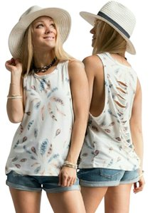 Fashinomics Distressed Feather Print Made In U.s.a Top Ivory