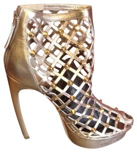 Alexander McQueen Studded Leather Amazing Sandals