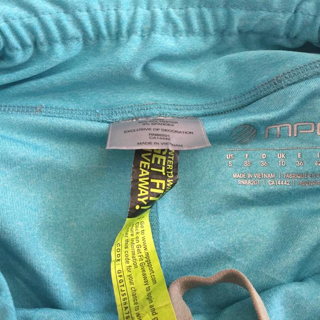 MPG shorts with 2 layers Image 2