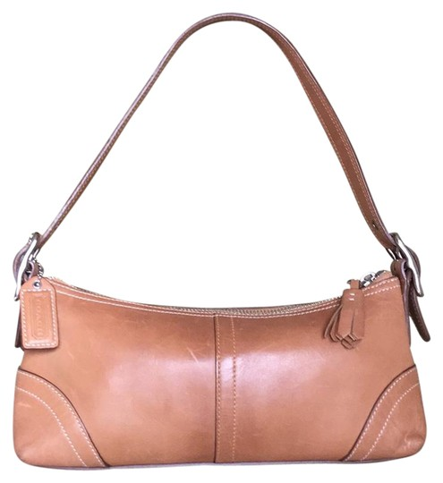 Preload https://img-static.tradesy.com/item/21324873/coach-small-brown-leather-shoulder-bag-0-1-540-540.jpg