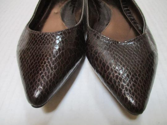 Rampage Pointed Toe Rubber Sole Padded Insoles Brown Snakeskin Patent Flats Image 1