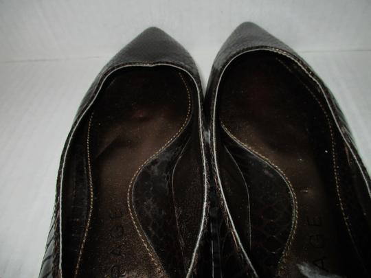 Rampage Pointed Toe Rubber Sole Padded Insoles Brown Snakeskin Patent Flats Image 3