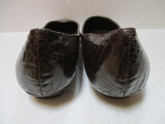 Rampage Pointed Toe Rubber Sole Padded Insoles Brown Snakeskin Patent Flats Image 4