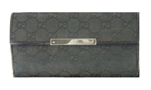Gucci Gucci continental checkbook style wallet