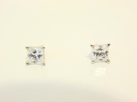 Victoria Wieck Victoria Wieck Absolute Diamond Stud Earrings Image 2