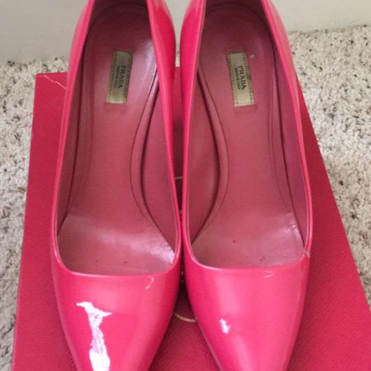 Prada Fuxia Pumps