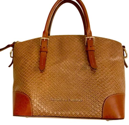 Preload https://img-static.tradesy.com/item/21326333/dooney-and-bourke-and-cordova-domed-light-brown-woven-embossed-leather-satchel-0-1-540-540.jpg