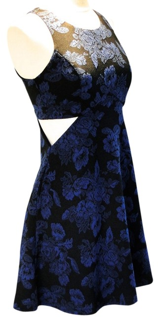 Preload https://item5.tradesy.com/images/mimi-chica-floral-dress-blue-and-black-2132634-0-0.jpg?width=400&height=650