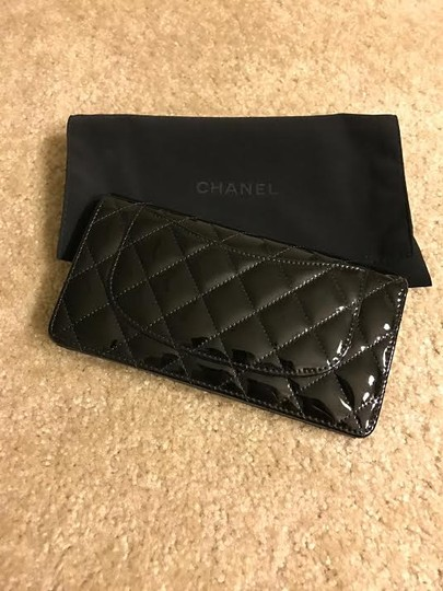 Chanel Chanel patent BLK wallet