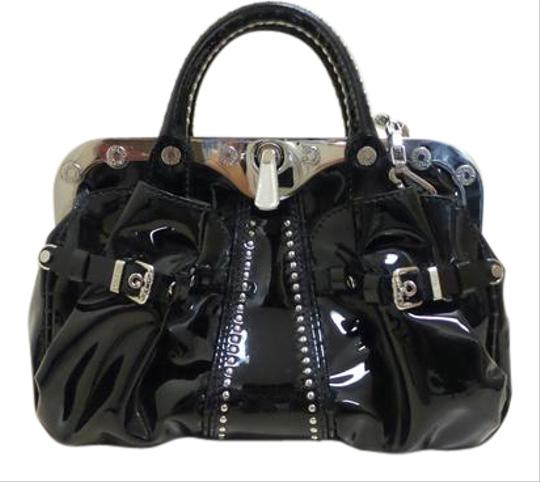 Preload https://img-static.tradesy.com/item/21326642/versace-gianni-couture-black-patent-leather-satchel-0-1-540-540.jpg