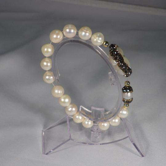 Other New. Fresh Water paved Baroque Pearl Stretch Bracelet