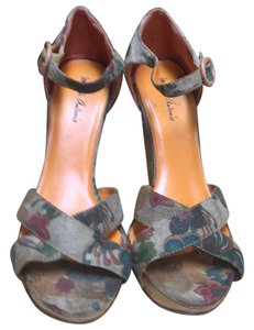 Michael Antonio floral print Wedges