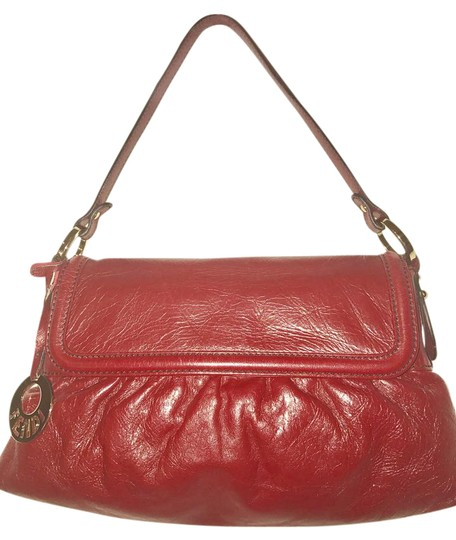 Preload https://img-static.tradesy.com/item/21327099/fendi-zucca-chef-hobo-red-leather-shoulder-bag-0-1-540-540.jpg