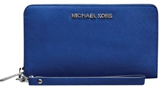Preload https://img-static.tradesy.com/item/21327198/michael-kors-sapphire-saffiano-large-multifunction-wallet-0-1-540-540.jpg