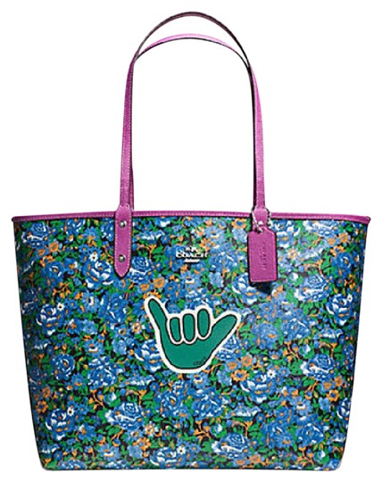 Preload https://img-static.tradesy.com/item/21327500/coach-city-reversible-in-rose-meadow-print-57669-57667-multicolor-canvas-tote-0-1-540-540.jpg