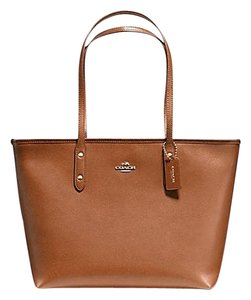 Coach 36875 Satchel 36876 Tote in saddle