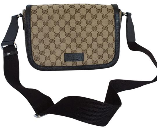 Preload https://img-static.tradesy.com/item/21328089/gucci-canvas-leather-dark-brown-messenger-bag-0-1-540-540.jpg