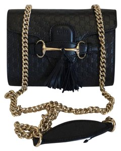 eab08480f Gucci Emily Shoulder Bags - Up to 70% off at Tradesy
