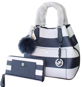 Michael Kors Mk Greenwich Grab Saffiano Leather Crossbody Strap Tote in Navy/White