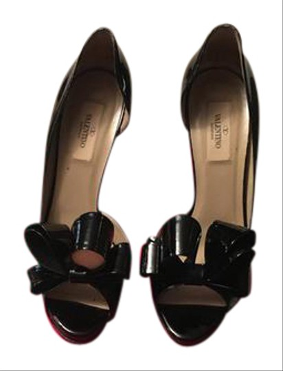 Preload https://img-static.tradesy.com/item/21329413/valentino-black-half-d-orsay-bow-pumps-size-us-7-regular-m-b-0-1-540-540.jpg