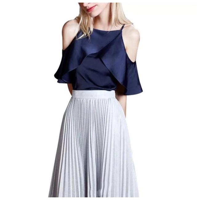 Preload https://img-static.tradesy.com/item/21329912/blue-silky-lightweight-ruffle-summer-medium-d40-blouse-size-8-m-0-0-650-650.jpg