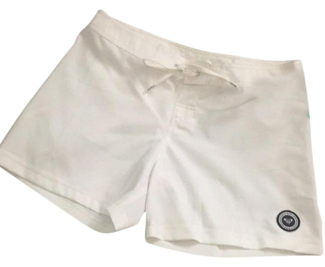 Preload https://img-static.tradesy.com/item/21330045/roxy-white-awesome-quick-dry-board-shorts-size-6-s-28-0-1-650-650.jpg