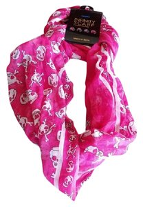 Other NWT - Pink Skull and Cross Bone Infinity Scarf