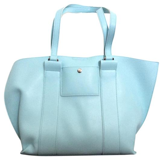 Emperia Tote in Pastel blue