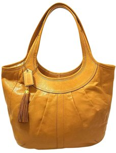 Coach Euc Refurbished Leather Hobo Bag